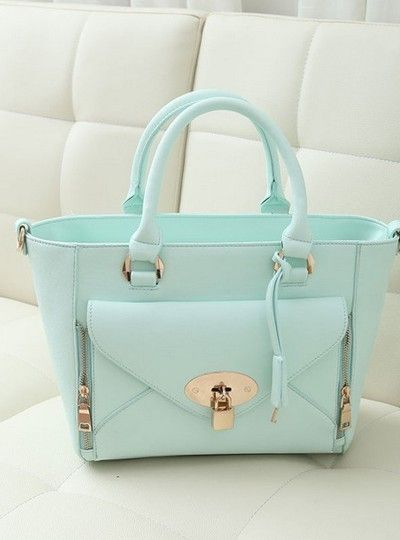 I absolutely love this baby blue color!