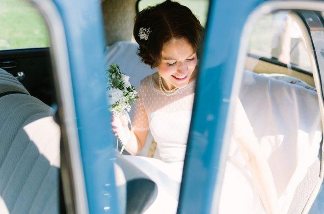 vintage Braut mit vintage Haarschmuck (Foto: Le Hai Linh)