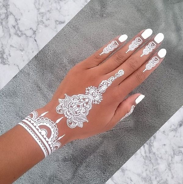 19 Beautiful Feather Henna Designs You Will Love To Try: 19 Stunning White Henna Designs For You