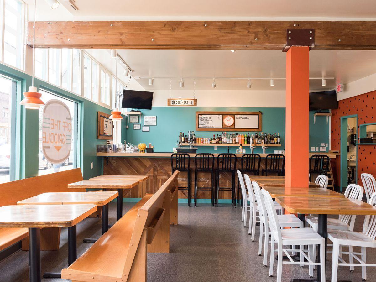 15 Essential Vegan And Vegetarian Restaurants In Portland Restaurant Vegetarian Restaurant Vegan Restaurants