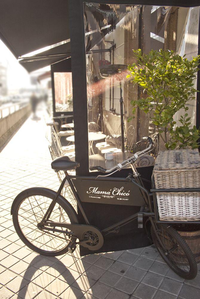 Nuestra bici, en C/ Picavia Nº 5, Coruña