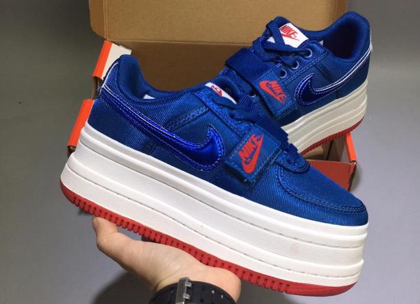Año nuevo Edad adulta Contorno  Nike Vandal 2k Surprise AO2868-001 Blue White Girls Shoes 6   White shoes  for girls, Fresh shoes, Cute shoes