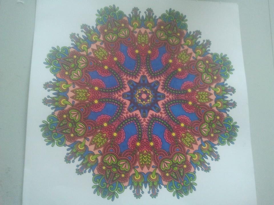 Mijn Eerste Creatie: Gekleurd met Pergamano Stiften. Uit Het Boek: Het Enige Echte Mandala Kleurboek.