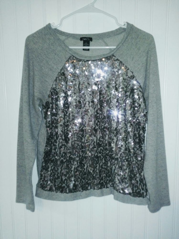 b4cd8659e2 ... but fits more like a small. Womens Juniors Rue 21 Sweater Sequins Grey Size  Large  fashion  clothing  shoes  accessories  womensclothing  sweaters  (ebay ...