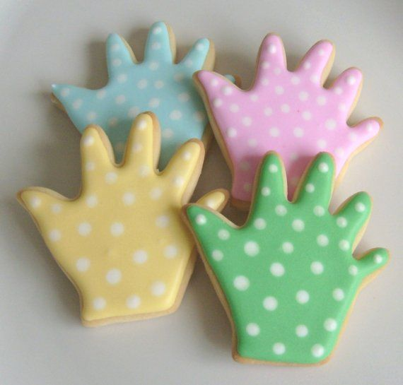 Polka Dot Baby Hands and Baby Feet Cookies  Baby von lorisplace