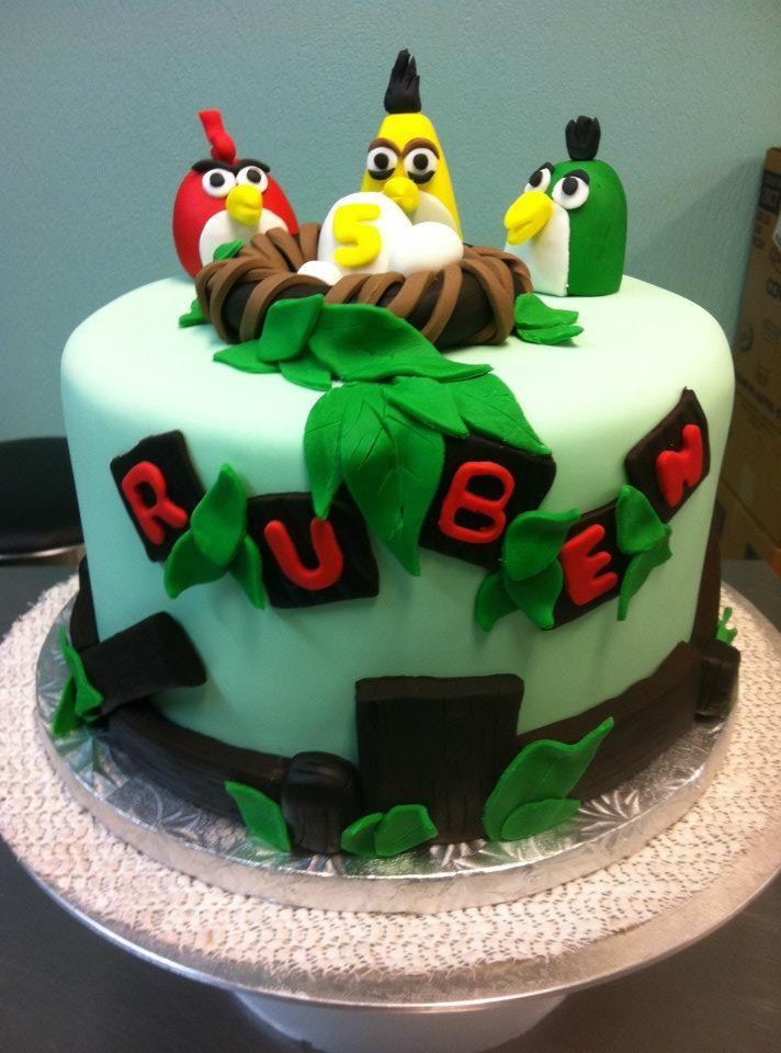 Angry Birds Birthday Cake  www.sweetnessbakeshop.net  facebook.com/sweetnessbakeshop