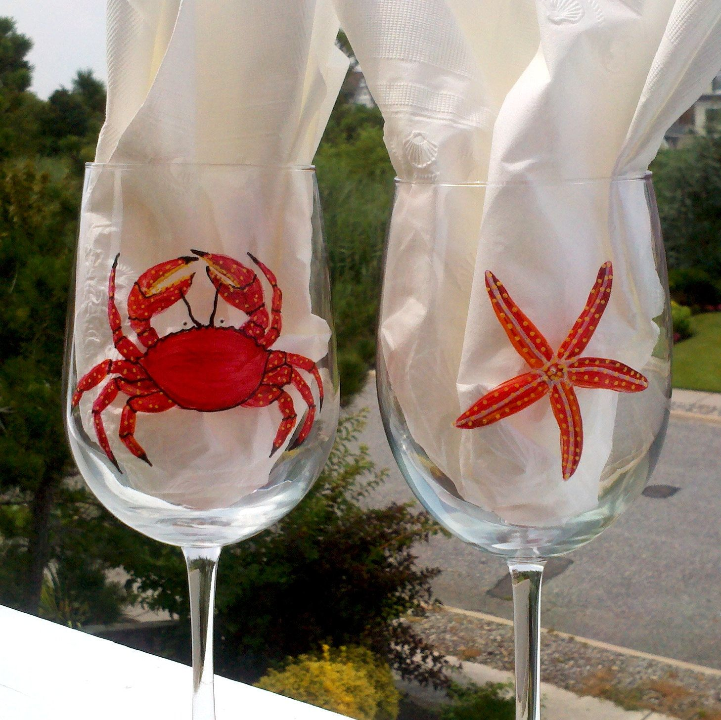 Popular Items For Red Crab On Etsy Botellas De Vidrio Decoracion De Copas Botellas Pintadas
