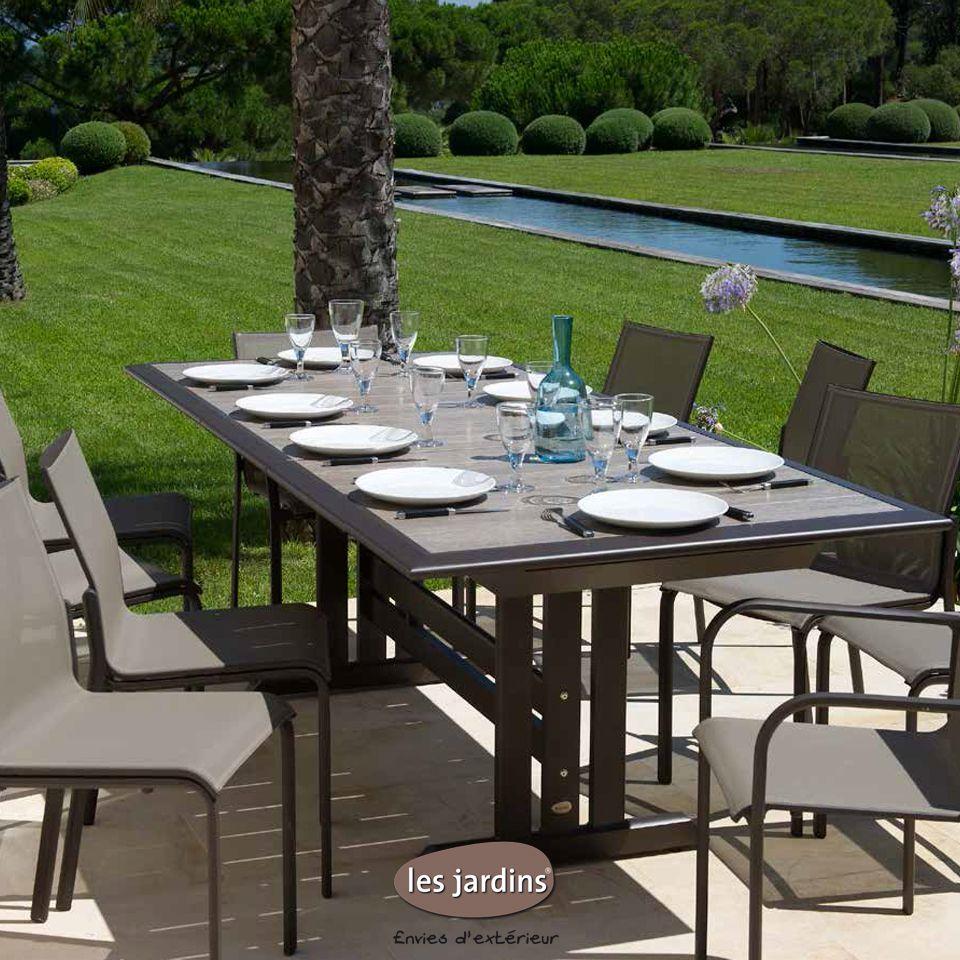 Collection HEGOA - table extensible en aluminium marron et plateau ...
