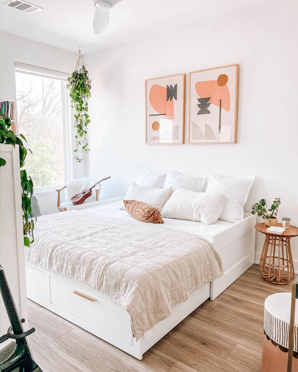 The Om Home: Our Multi-Purpose Guest Room