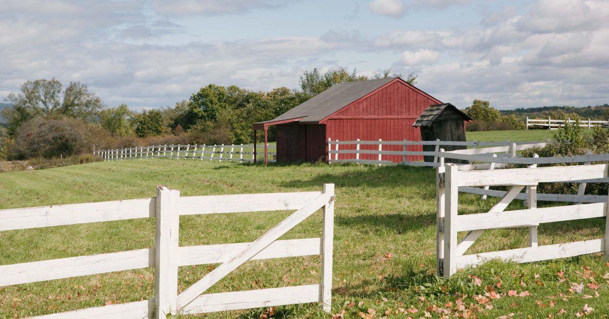 Como Instalar Dobradicas Em Um Portao De Madeira Pequena Fazenda