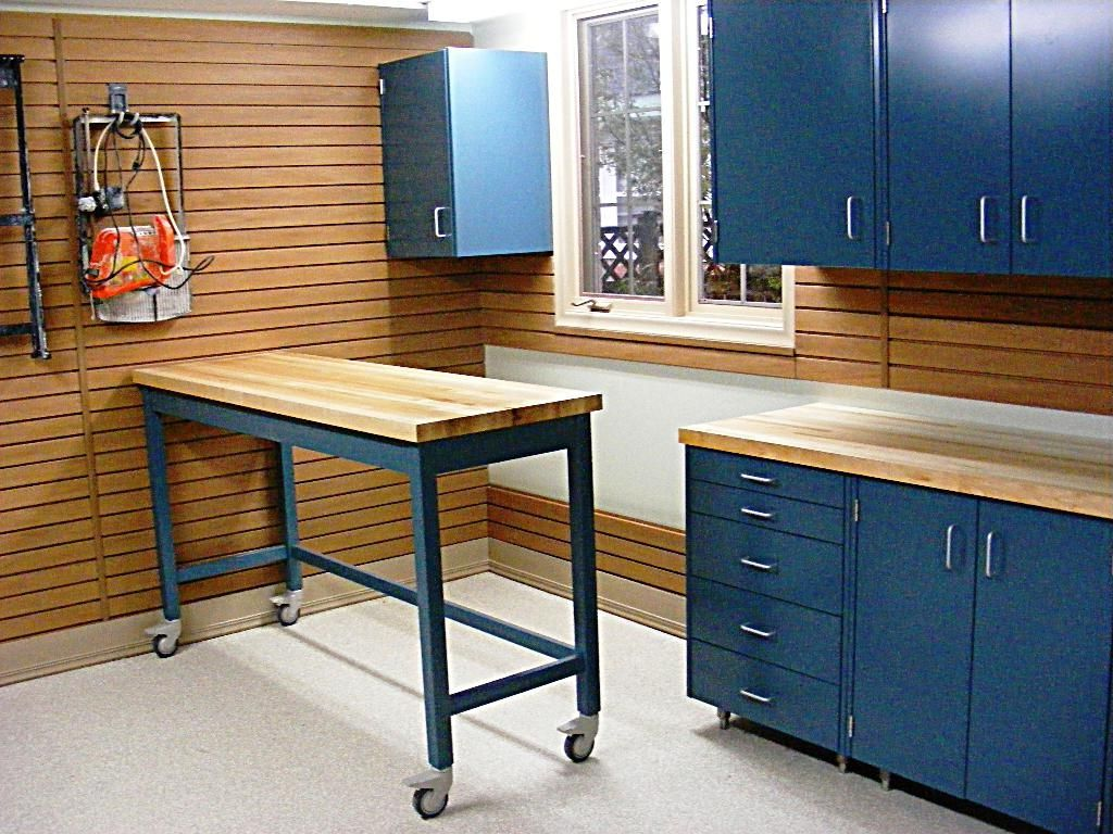 Garage countertop ideas home designs cool garage workbench for Cool garage designs