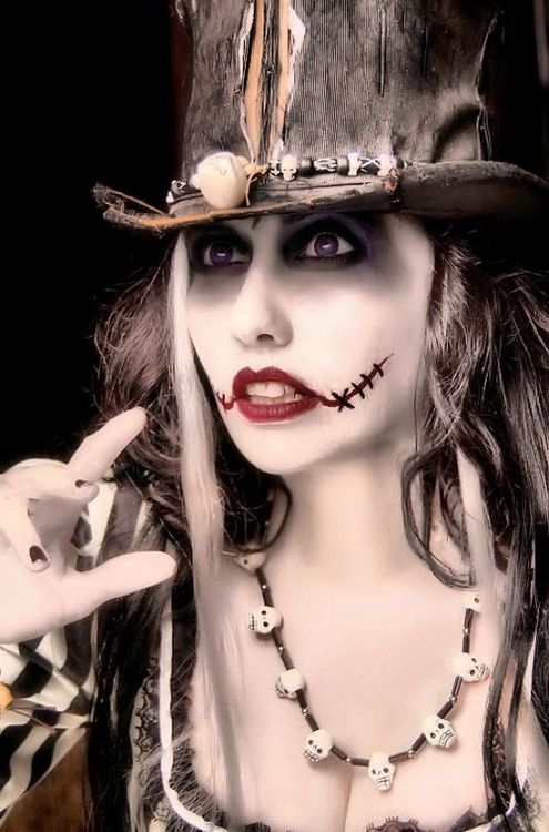 Voodoo Priestess Costume | Voodoo Priestess-Inspired Witches | Halloween Costumes | Pinterest ...