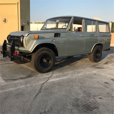Freshly Built 71 Toyota Fj55 Land Cruiser Iron Pig Clean Current California Title And Original Ca Blue License Pl Truck Bed Liner Land Cruiser Armored Truck