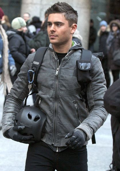 Zac Efron Photos Photos Stars On The Set Of New Year S Eve In