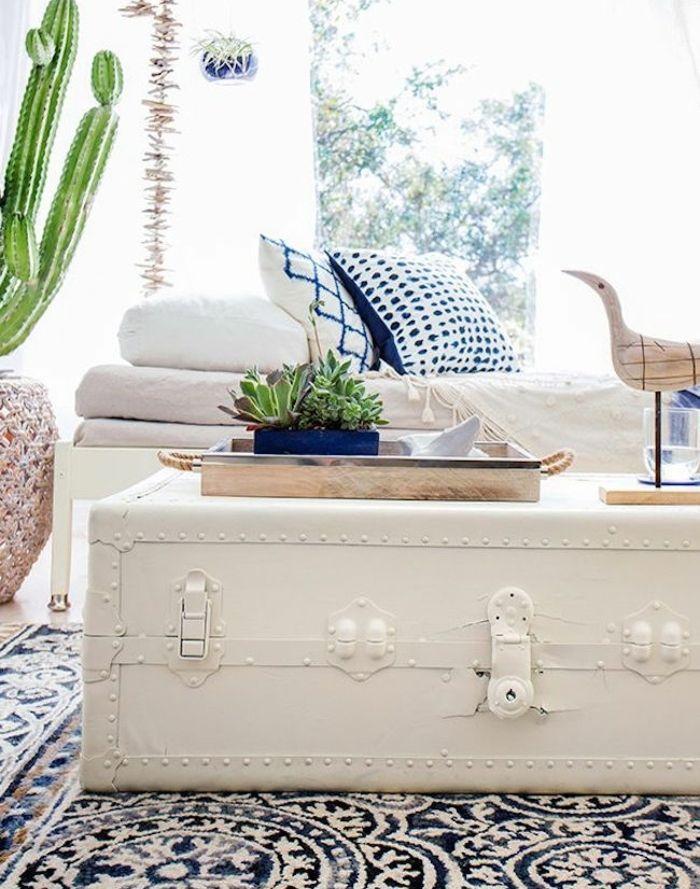 die truhe als couchtisch schnekt ihnen mehr abenteuerlust kreativ pinterest truhe. Black Bedroom Furniture Sets. Home Design Ideas