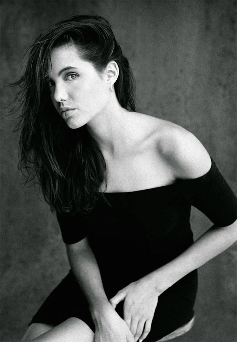 First Shoot Of Angelina Jolie When She Was 15 Years Old