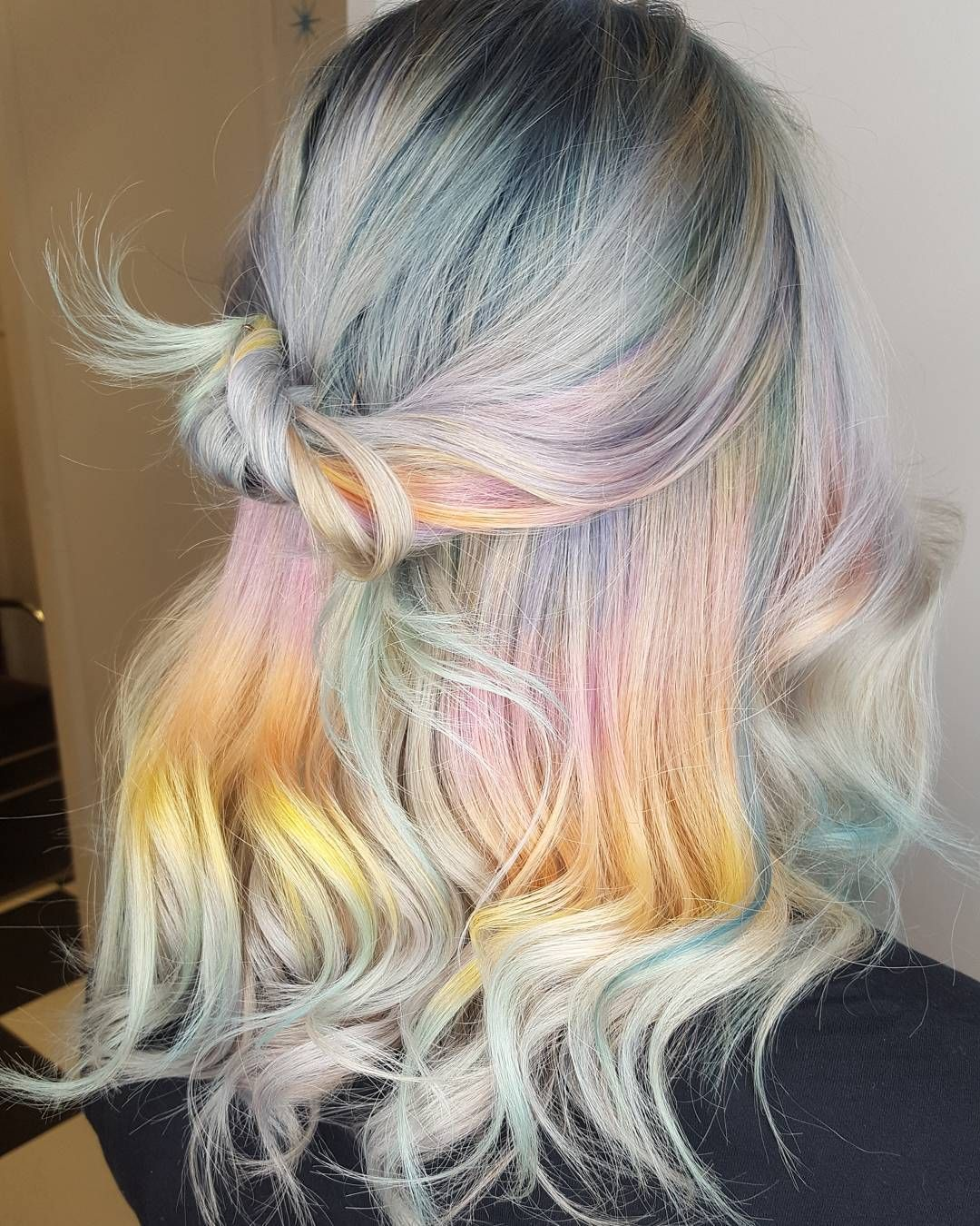 Holographic Hair is the Latest Trend to Take Over Instagram ...
