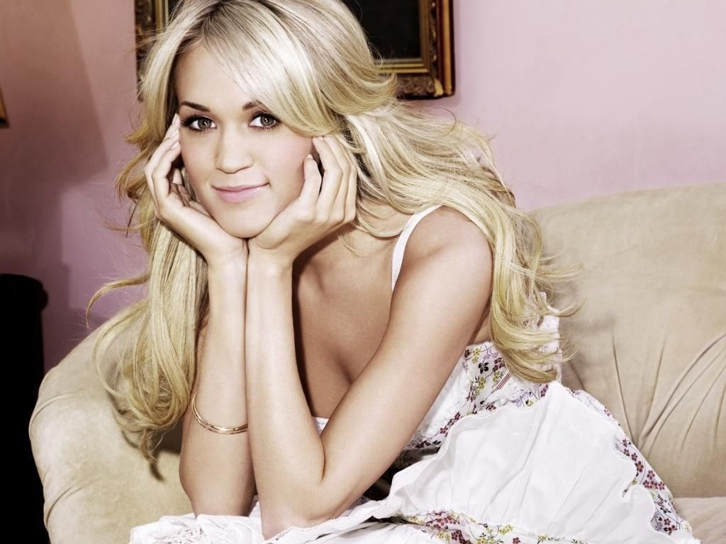 Country Music Stars Wallpaper: Carrie Underwood Wallpapers