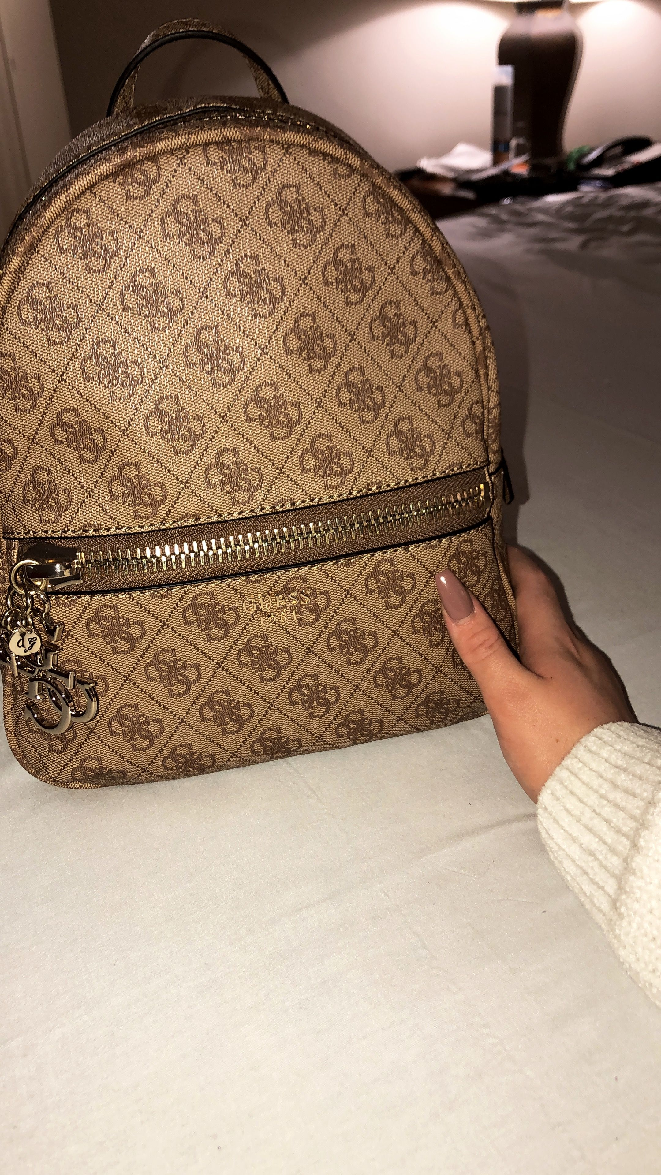 8216d6ac2b2 Guess backpack 😍 #guess #bags   Torbe in 2019   Guess backpack ...