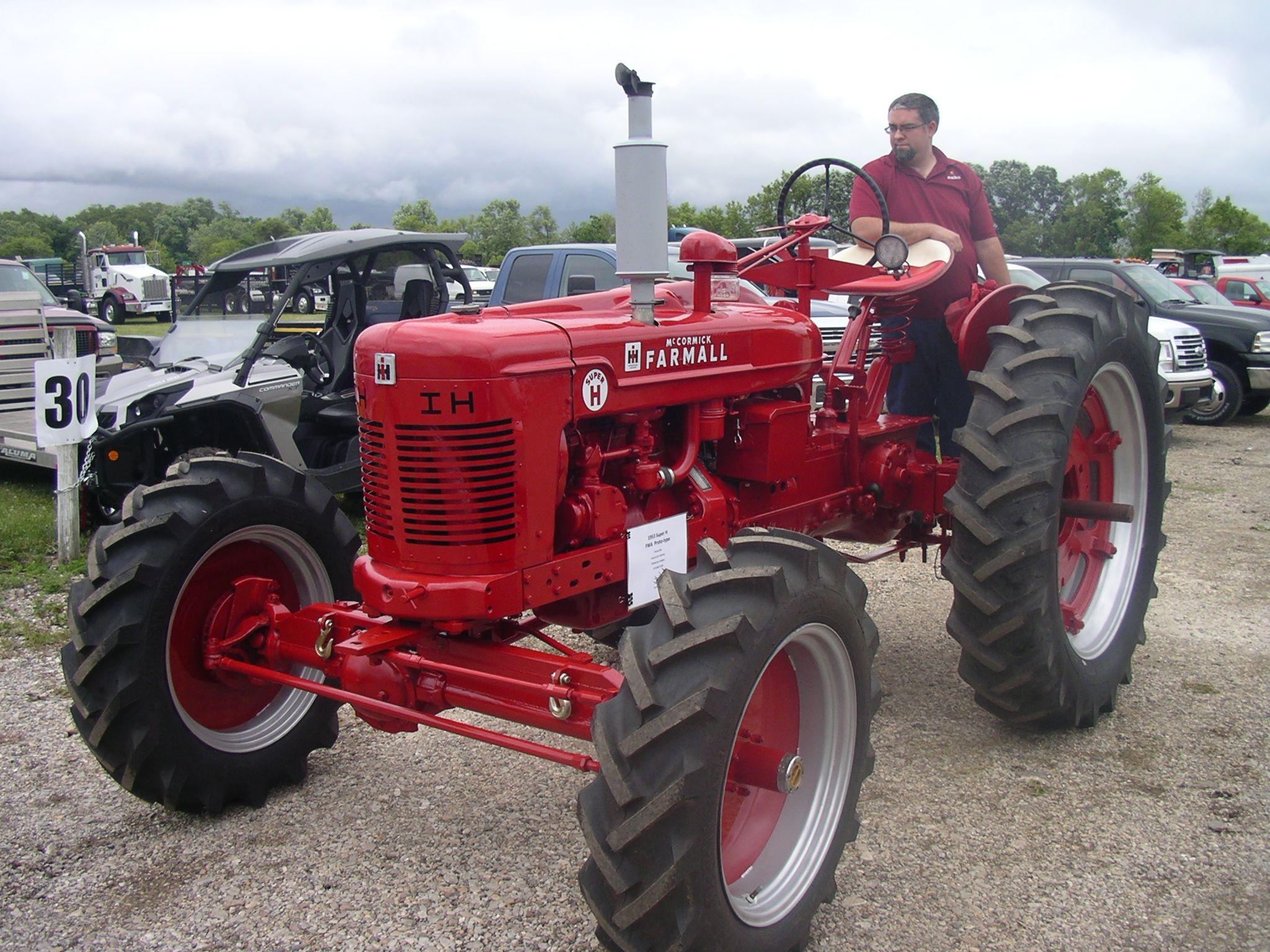 1953 Farmall Super H Big Tractors, Farmall Tractors, Vintage Tractors,  Antique Tractors,