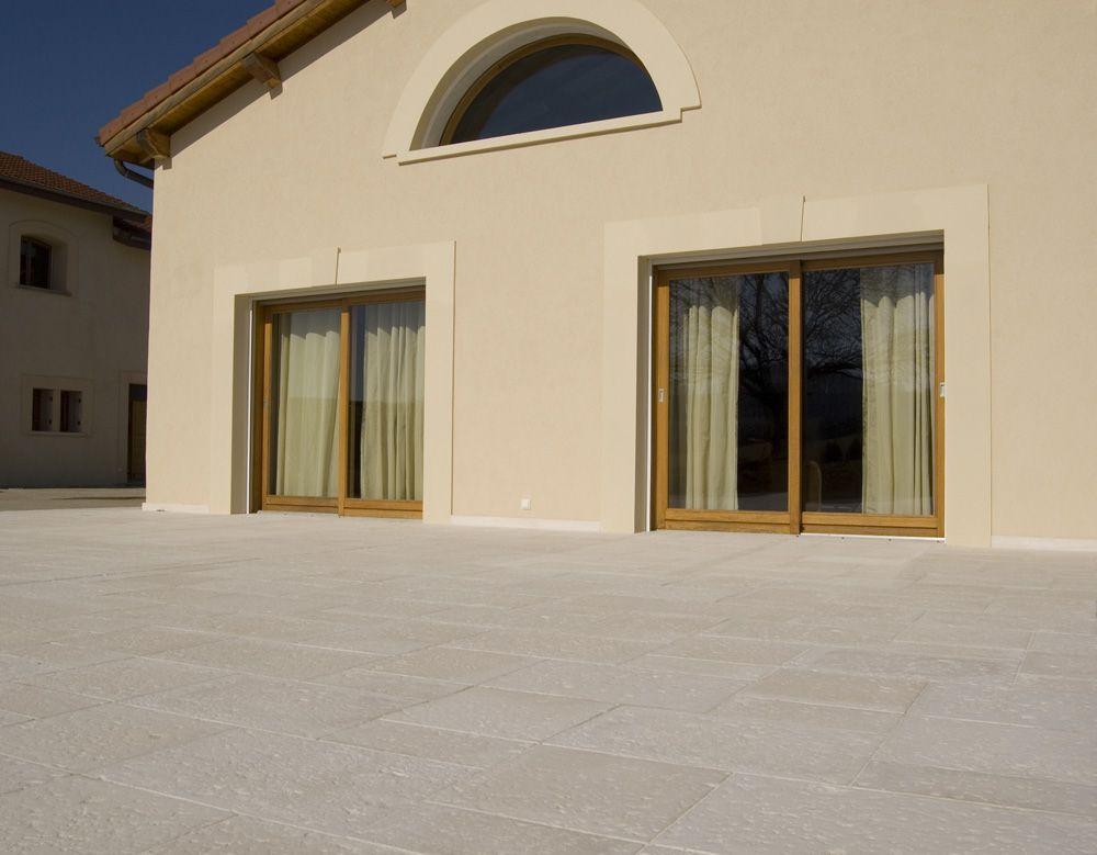 Pourquoi choisir des dalles en pierre reconstituée ? http://www ...