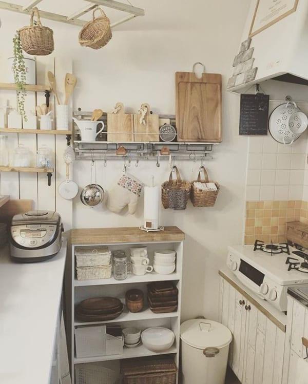 家事効率もup アパートの狭いキッチンで真似したい収納アイデア大