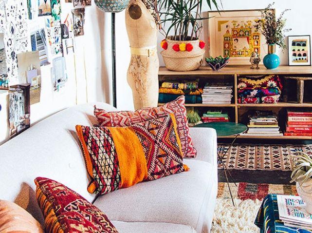 coussins colores salon boheme my paradise. Black Bedroom Furniture Sets. Home Design Ideas