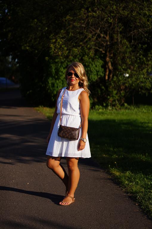 Nanne: White Dress Finally