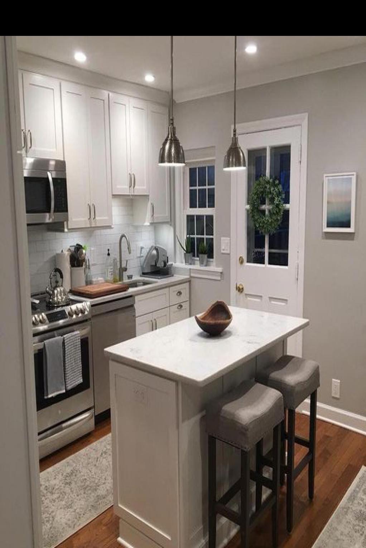45 Fabulous Kitchen Cabinet Design For Apartment In 2020 Cheap Kitchen Remodel Kitchen Remodel Small Classy Kitchen