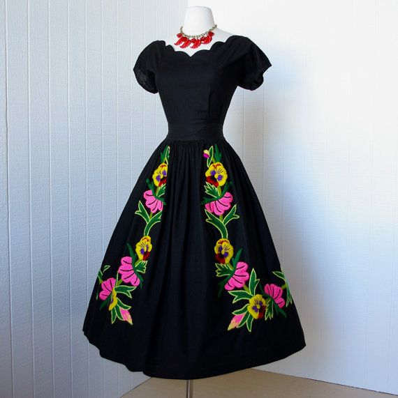 vintage 1950s dress ...beautiful black cotton MEXICAN EMBROIDERED floral 2pc pin-up dress scalloped top and skirt