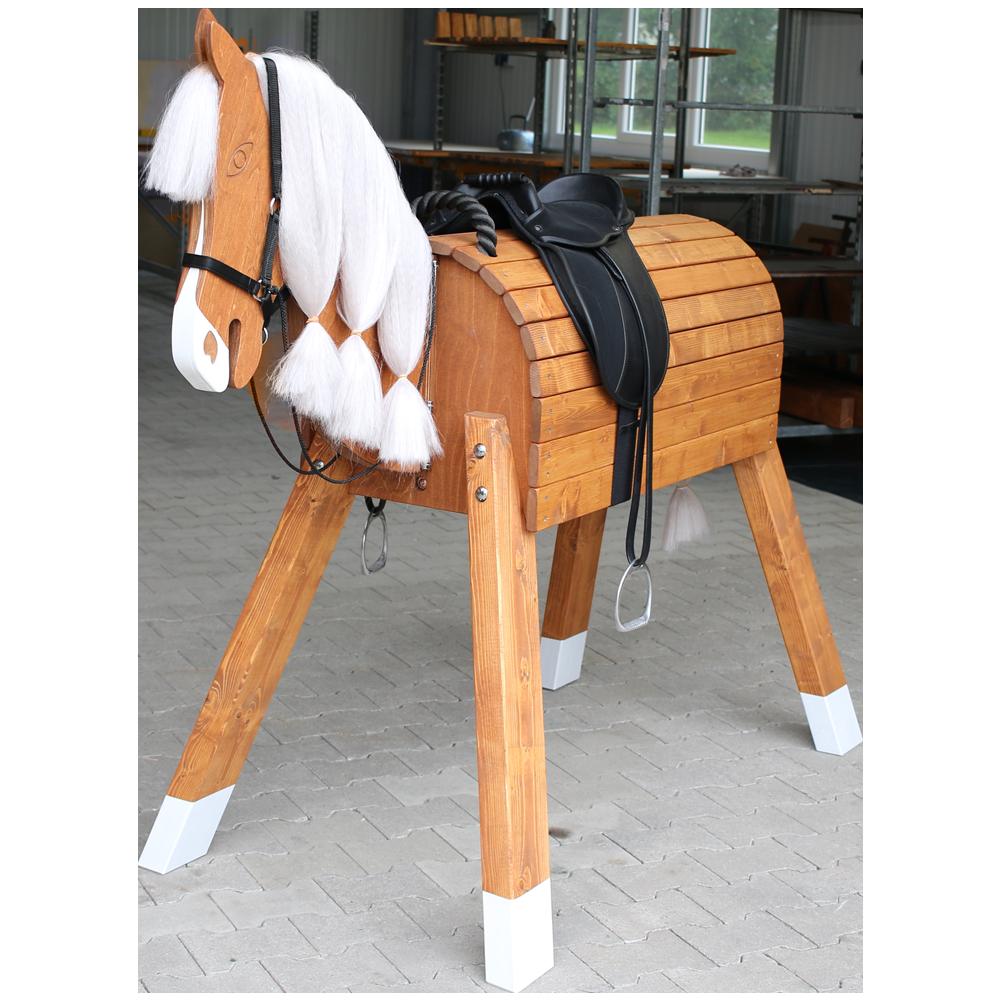 holz pferd f r kleine prinzessinnen und cowboys spielzeug favoriten pinterest. Black Bedroom Furniture Sets. Home Design Ideas