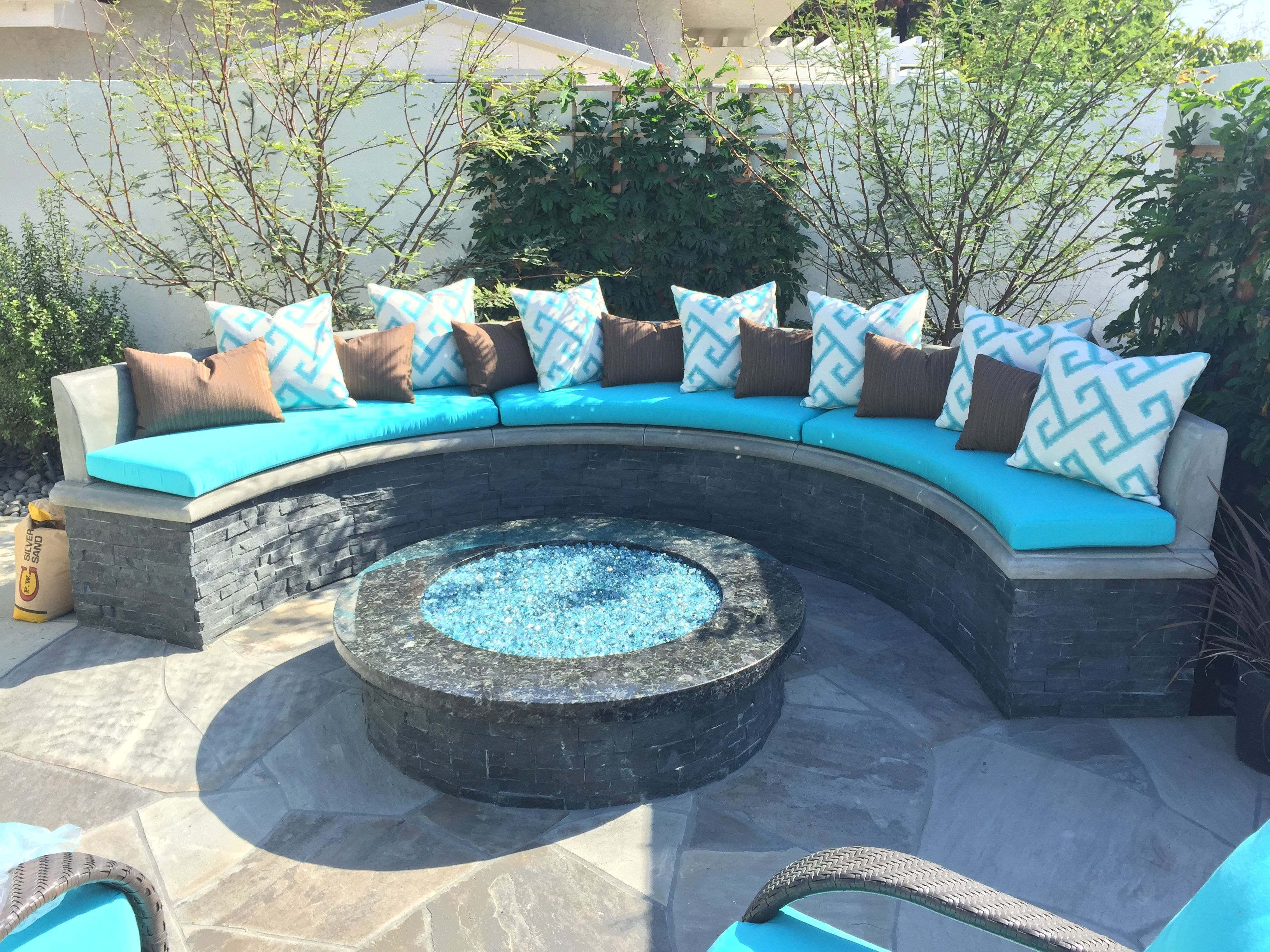 Curved Outdoor Cushions Made By Decorama Backyard Patio Designs Patio Design Fire Pit Backyard