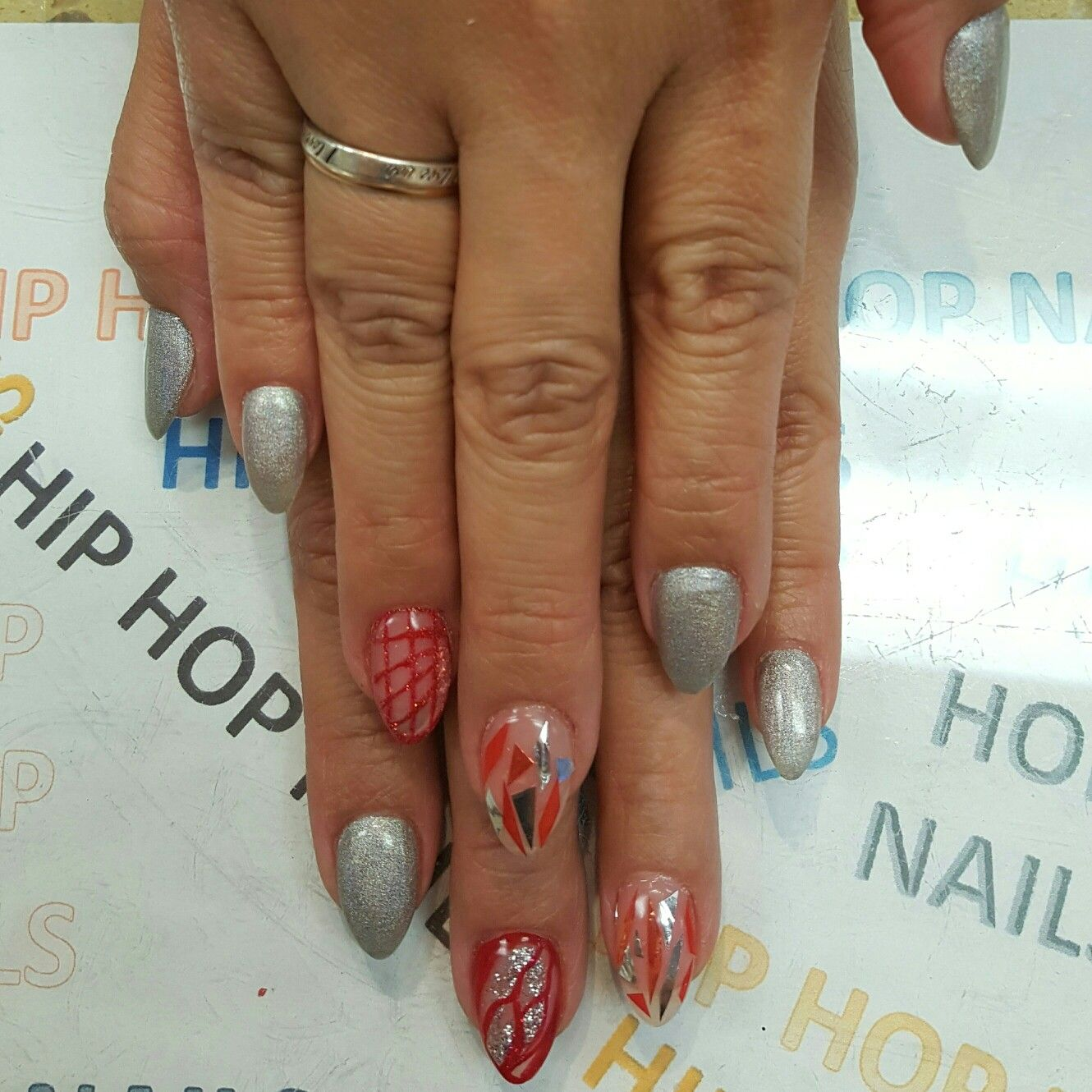 Pmgs 05 Lines Designs Nails Design By Hip Hop Nails Pinterest