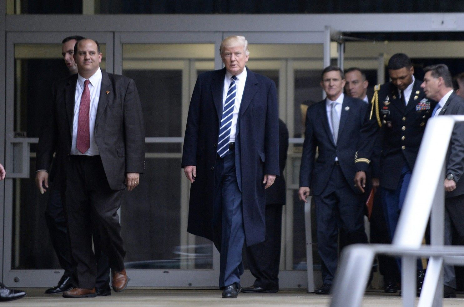 Secret service agent slammed for posting she wouldnt take a bullet for trump new york post - Trump S Federal Hiring Freeze Draws Immediate Fire From Union A Hiring Freeze Was Included In