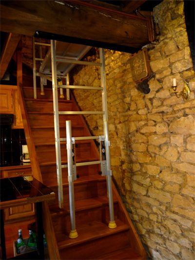 Echelle pour escalier tournant excellent gallery of echelle pour cage duescalier with comment - Location echafaudage escalier ...