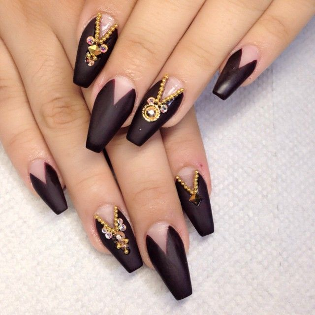 Black and gold coffin nails | Nail Art | Pinterest | Coffin nails ...