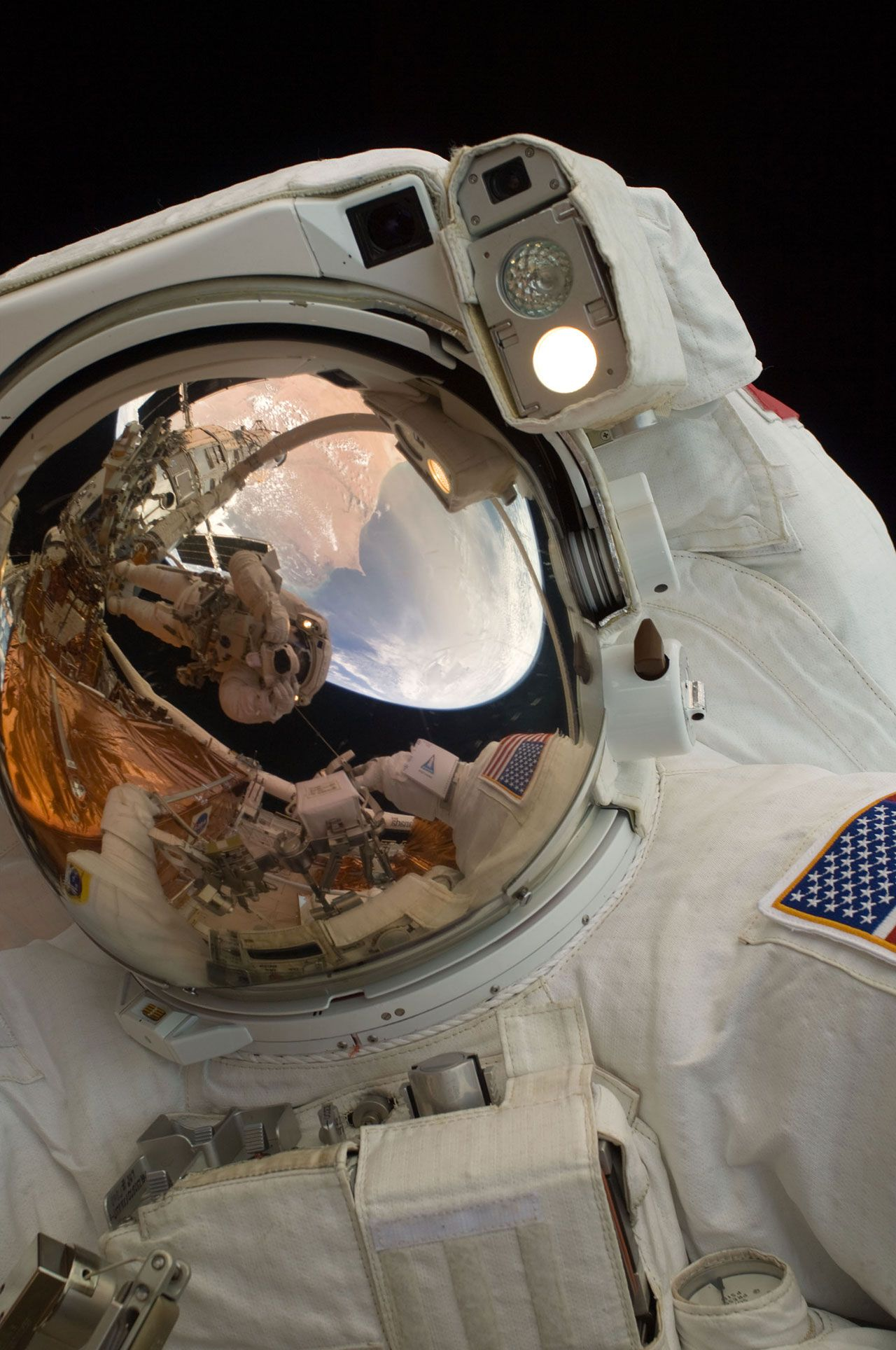 "NASA Re-Created ""Gravity"" With 31 Incredible Real-Life ..."