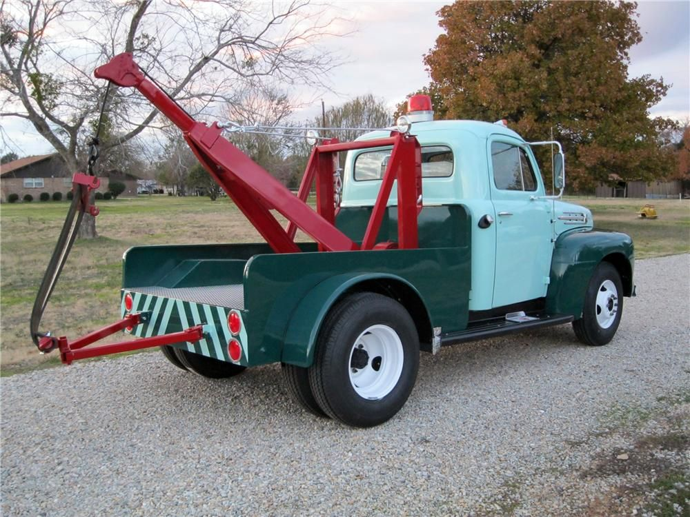 1952 Ford F 3 Tow Truck Rear 3 4 117500 With Images Tow
