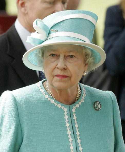 Queen Elizabeth in 2007. She is wearing the badge of The King's Troop Royal Horse Artillery.