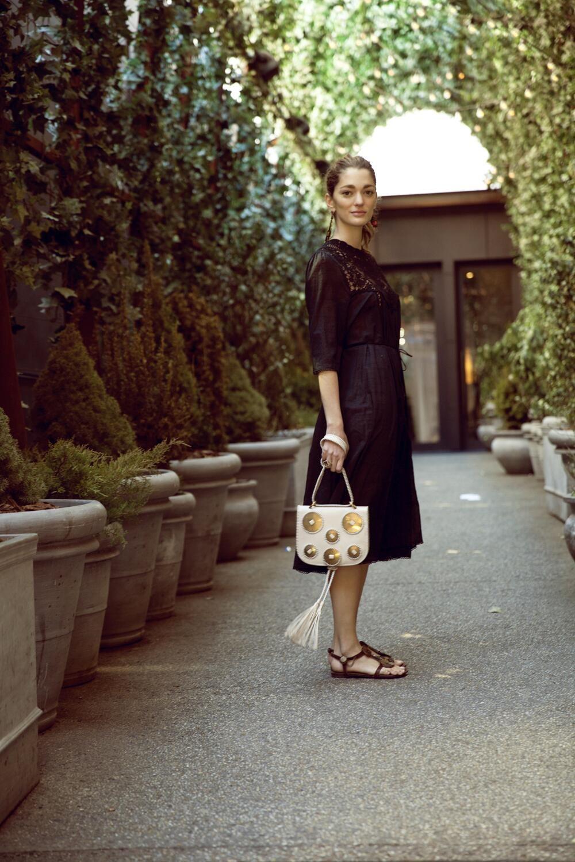 Martes en los #7días7looks de Sofía Sánchez B. y un vestido con el que cualquier día es verano http://bit.ly/1ibFuSn pic.twitter.com/qYlZcfbBKz
