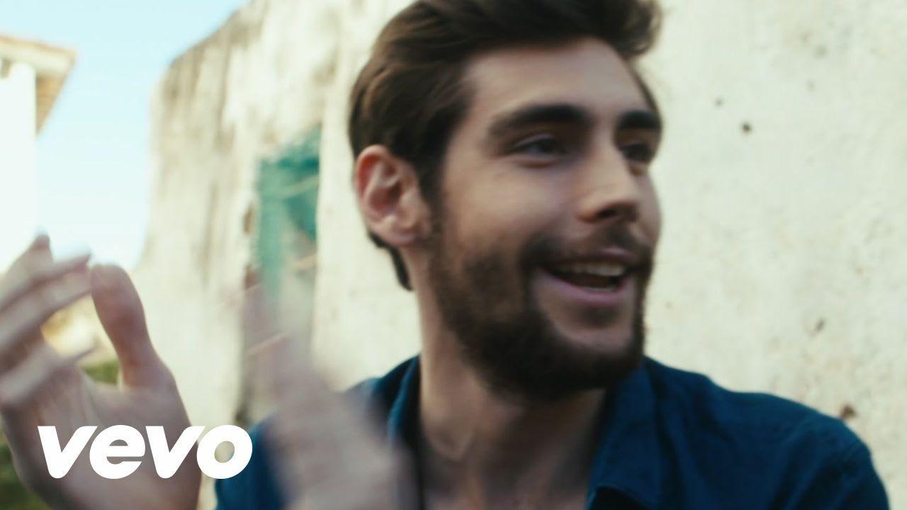 Alvaro Soler El Mismo Sol Download The Single On Itunes Smarturl It Elmismosol Itunes Follow Alvaro Soler Http Fa Spanish Music Music Videos Latin Music