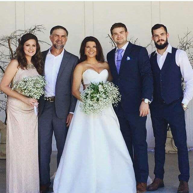 Amy And Dillion S Wedding Duggar Wedding Duggars Wedding