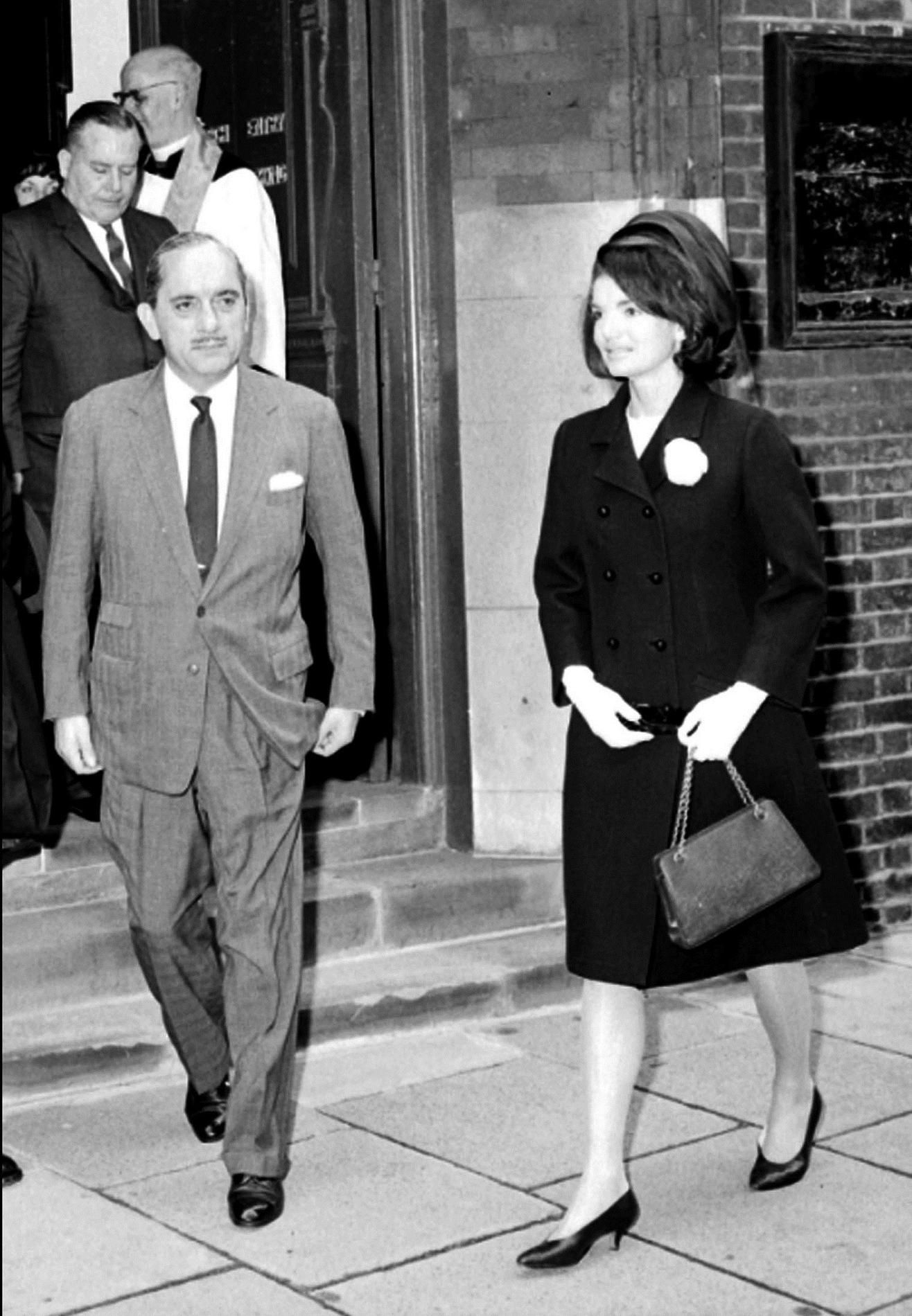 Jackie Kennedy : le style iconique d'une First Lady Madame