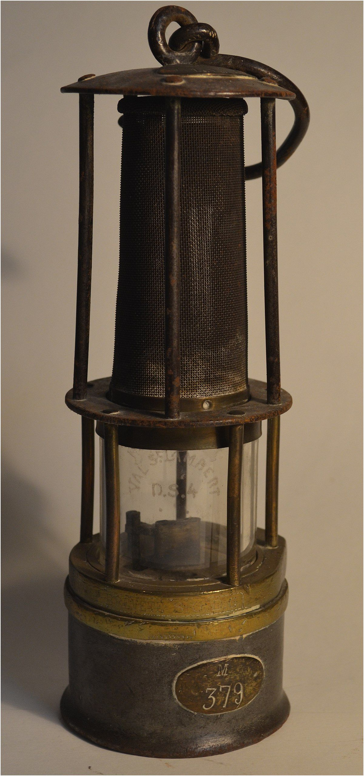 15 Lunatique Lampes Anciennes Gallery Lampe Ancienne Lampe A Petrole Ancienne Lamp