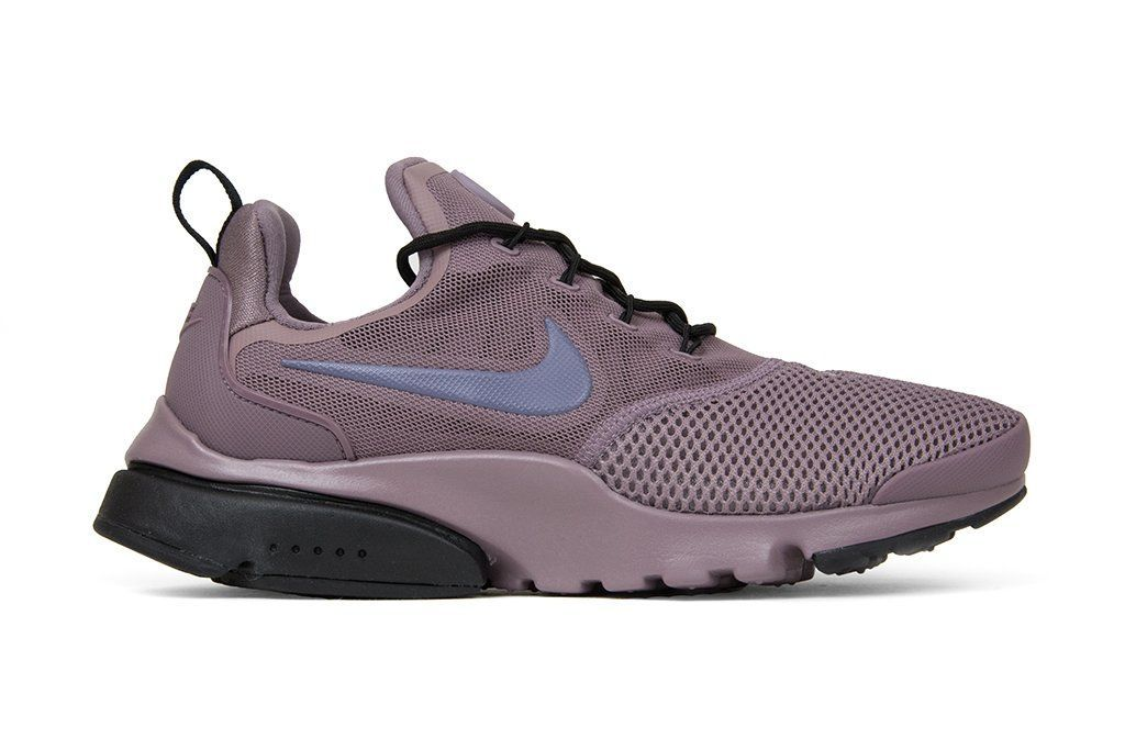 competitive price 6e888 a0141 Nike Women's Presto Fly - Taupe Grey/Light Carbon/Black ...