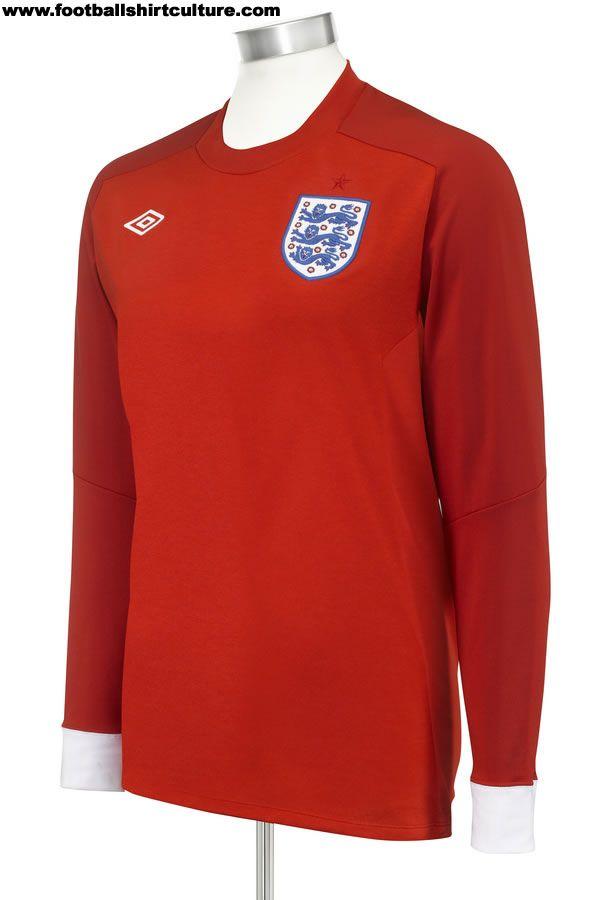 VIDEO - England Umbro Away Kit 2010 - England Players  2d9586432