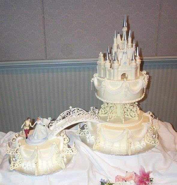 Which Wedding Cake Should I Do Whch Would Look Better Half Vanilla