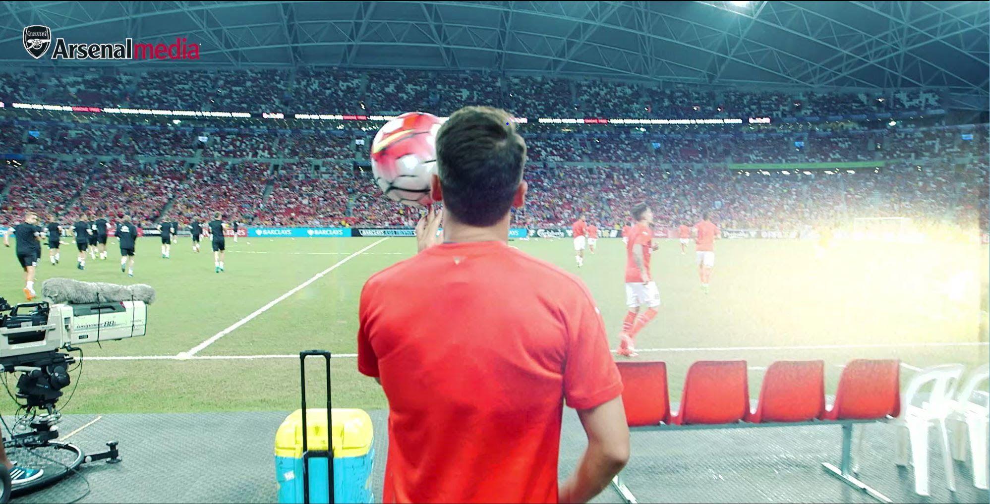 Showing some skills in Arsenal training | Mesut Özil - YouTube
