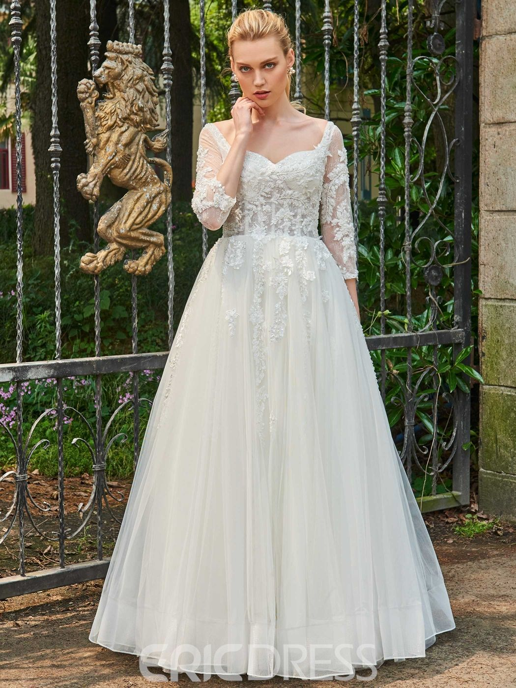 Sweetheart a line length sleeves appliques tulle wedding dress