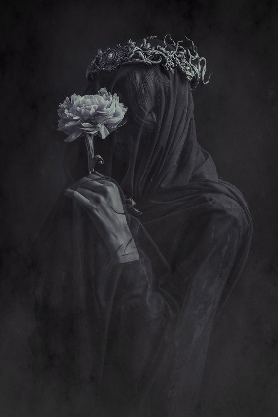 Blog about Dark Fashion and Beauty, and Underground Art